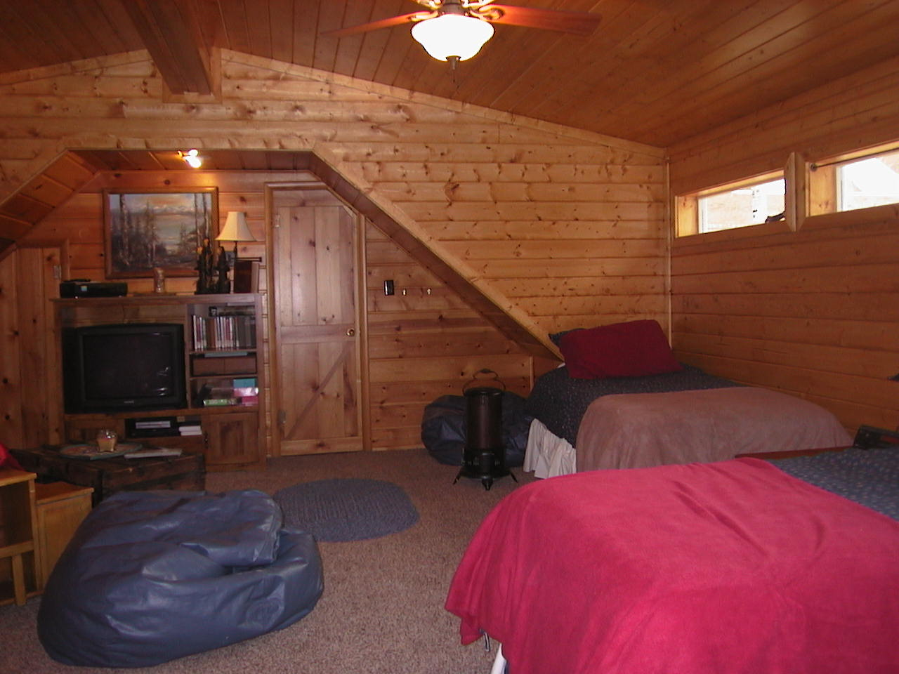the island park idaho vacation rental bunk room