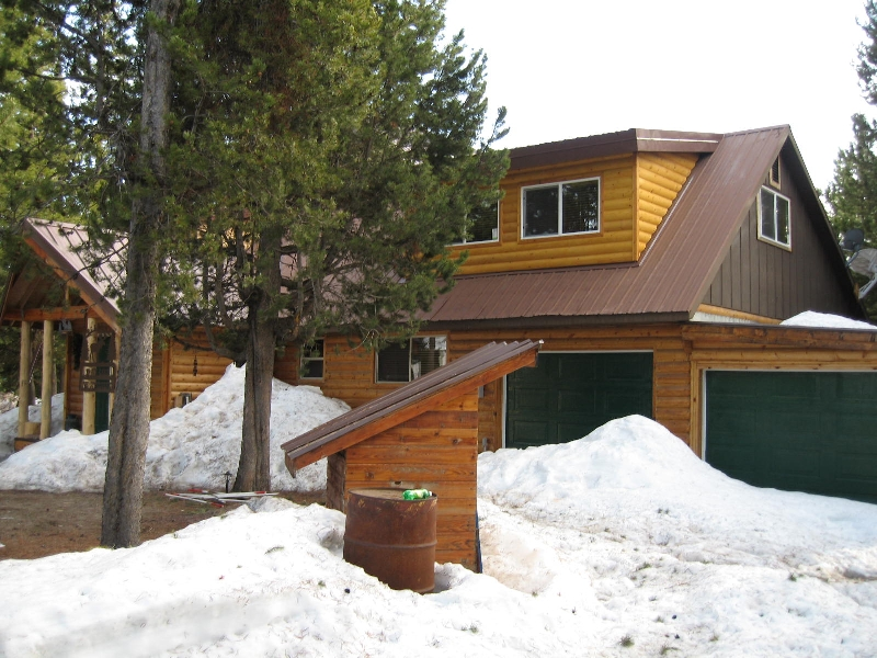 another look at the front of the island park cabin rental